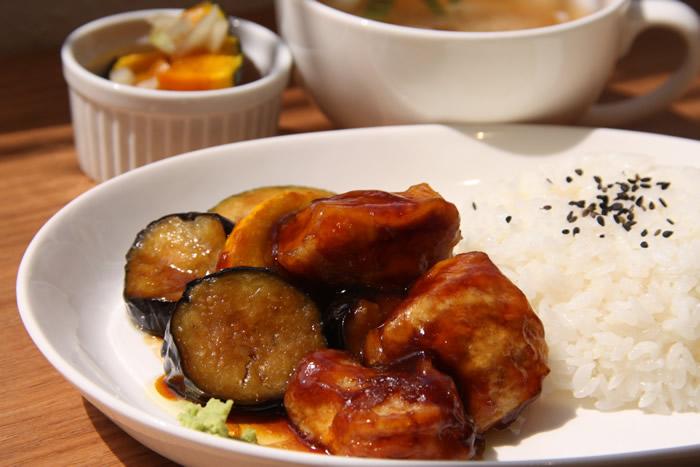 鶏と夏野菜の治部煮